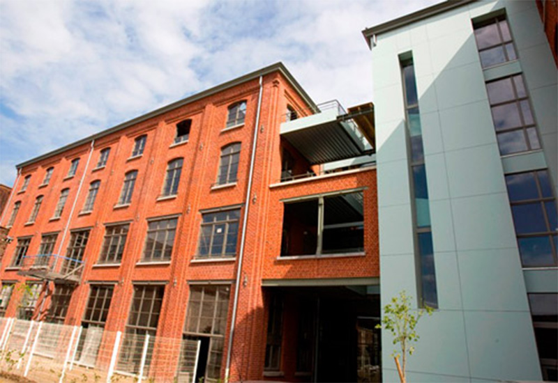 Les lofts du 96 bis tourcoing for Loft a acheter paris