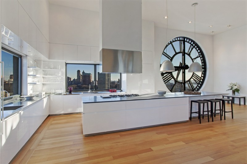 clock tower loft en triplex new york. Black Bedroom Furniture Sets. Home Design Ideas