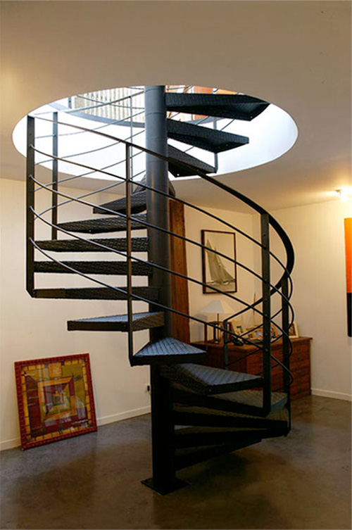 Loftylovin 27 stair design ideas to organize your loft - Escalier colimacon metal ...