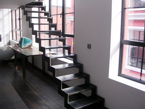 Loftylovin 27 stair design ideas to organize your loft - Idee deco pour escalier ...