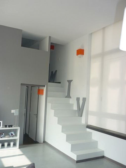 Loftylovin 27 stair design ideas to organize your loft - Escalier avec rangement ...