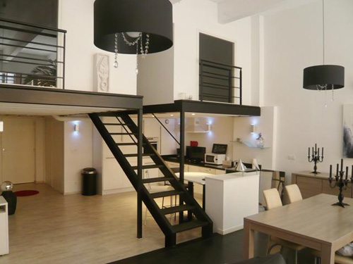 24 id es de mezzanines pour votre loft. Black Bedroom Furniture Sets. Home Design Ideas