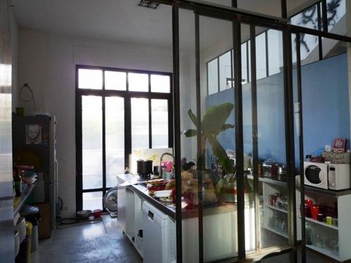 loft de 245 m vendre bois colombes. Black Bedroom Furniture Sets. Home Design Ideas