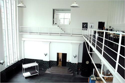 24 id es de mezzanines pour votre loft. Black Bedroom Furniture Sets. Home Design Ideas
