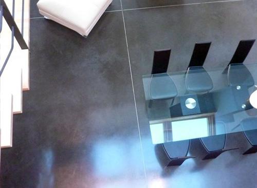 photo d'un sol en béton ciré avec jointe de dilatation à Tourcoing