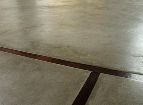 sol en beton cire avec joints de dilatation à Cergy Pontoise