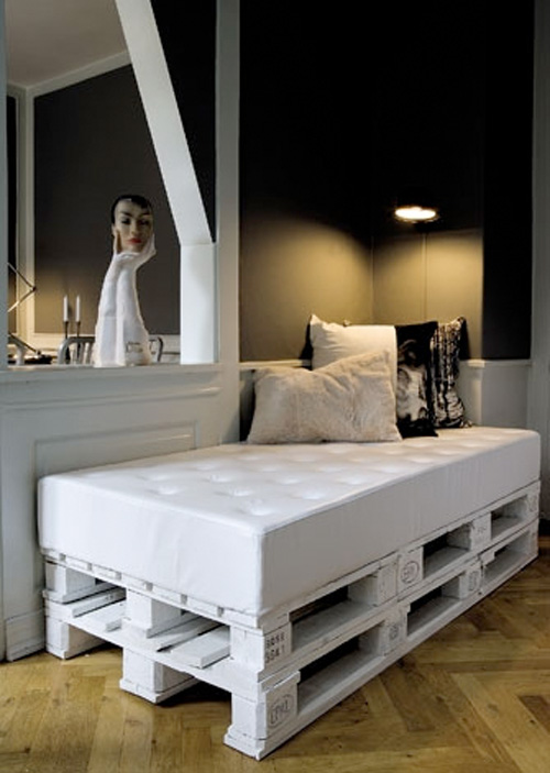 7 id es d co de mobilier avec des palettes. Black Bedroom Furniture Sets. Home Design Ideas