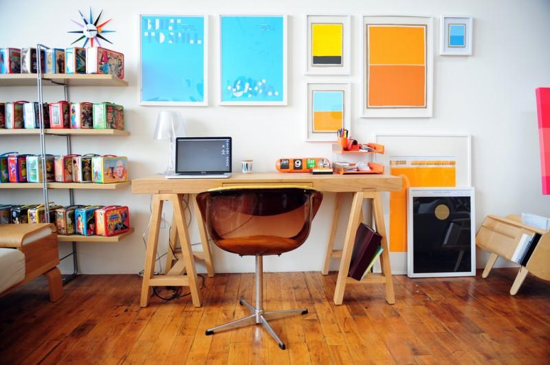 Bureau vintage et coloré