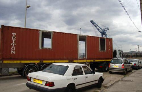 Livraison du premier container