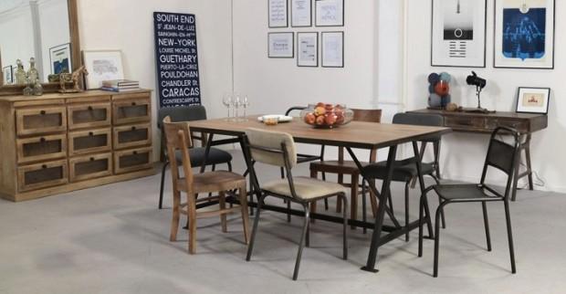Table Et Chaise Sur FactoryChic