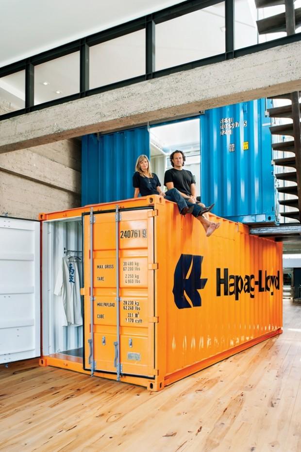Deux containers dans un loft san francisco for Container chambre