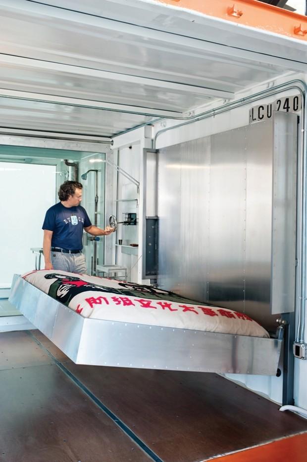 Deux containers dans un loft san francisco for Chambre container