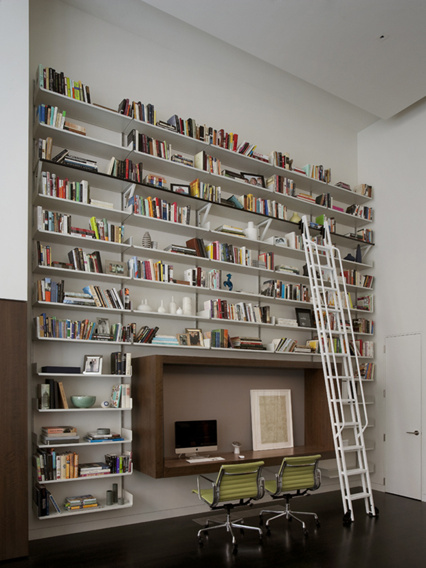 bureau-atypique-avec-bibliotheque