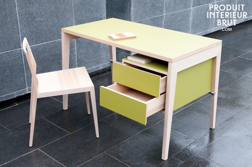 bureau en bois clair. Black Bedroom Furniture Sets. Home Design Ideas