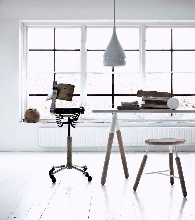 Bureau scandinave moderne
