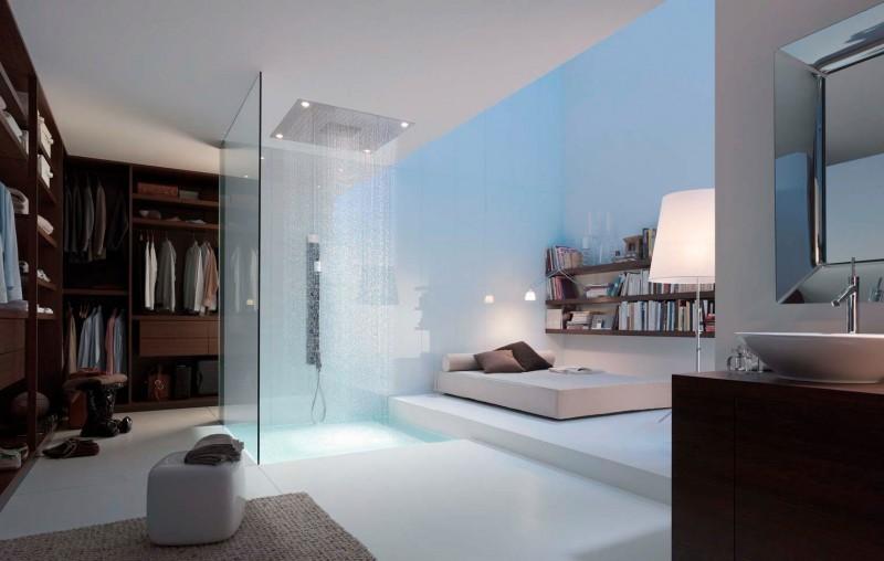 Douche ouverte sur la chambre et le dressing