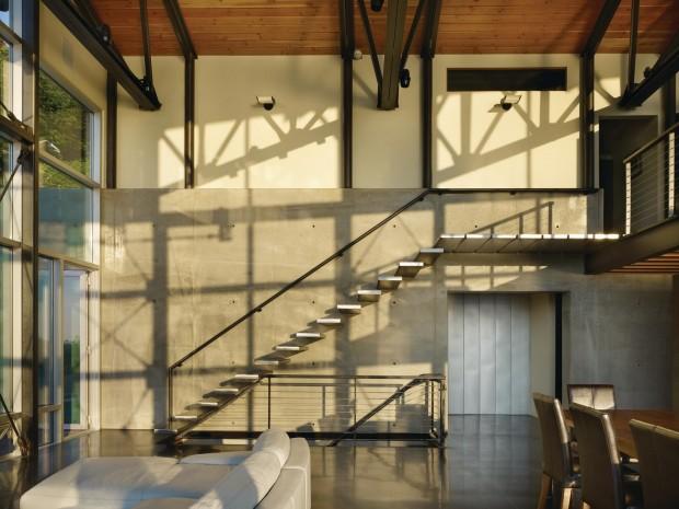 mur en béton est escalier