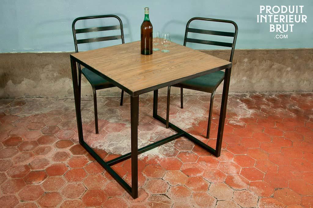 petite table carr e. Black Bedroom Furniture Sets. Home Design Ideas