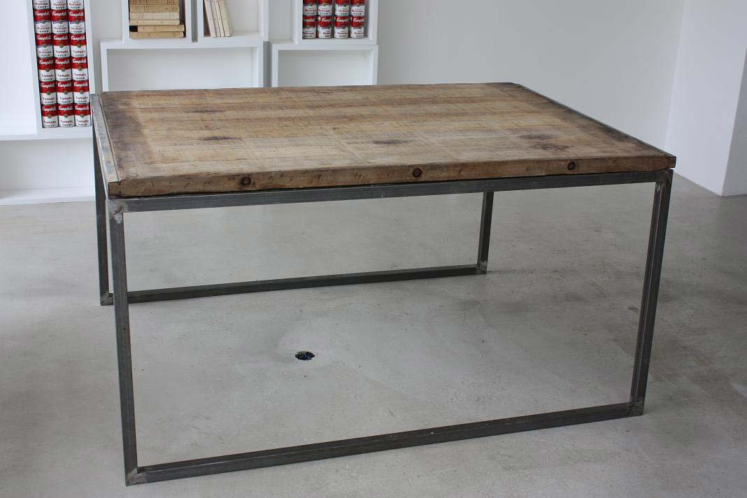 Table industriel for Table salle a manger loft