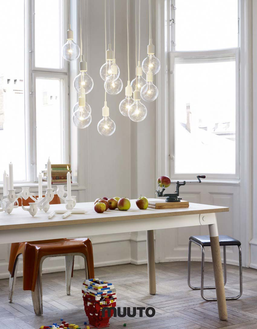 Table Muuto Adaptable par Taf Architects