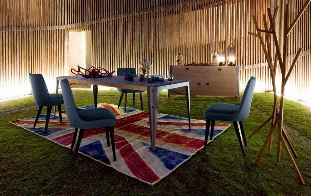 table roche bobois notre loft blog d co id es d co et photos de lofts. Black Bedroom Furniture Sets. Home Design Ideas
