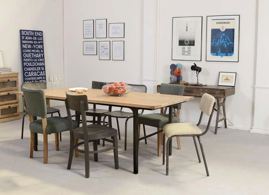 table style industriel en bois et metal. Black Bedroom Furniture Sets. Home Design Ideas