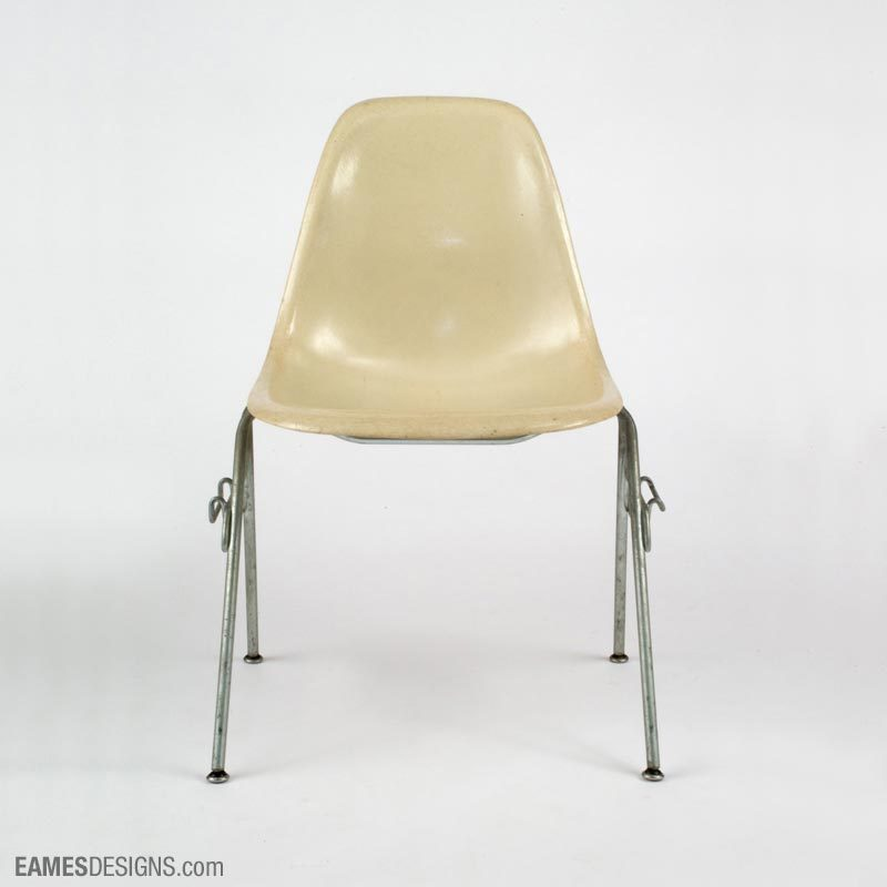 Chaise Eames DSS
