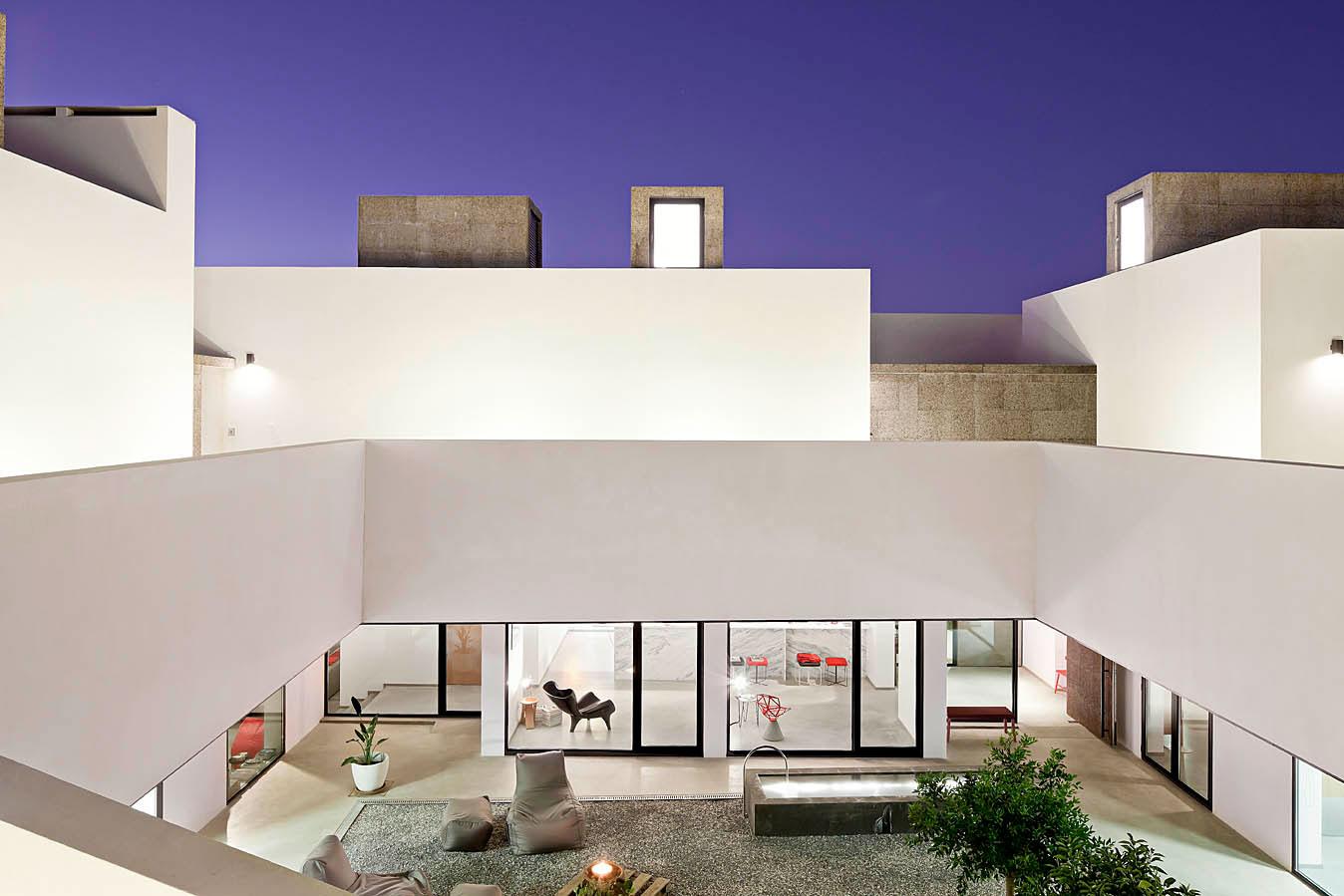 Villa extramuros au portugal for Notre maison minimaliste