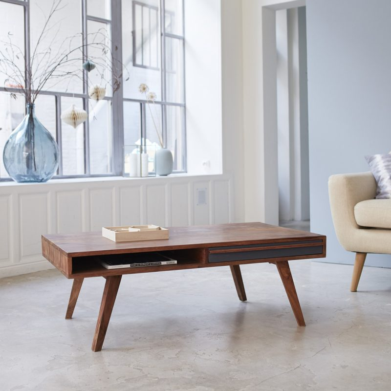 Belle table basse pour le salon