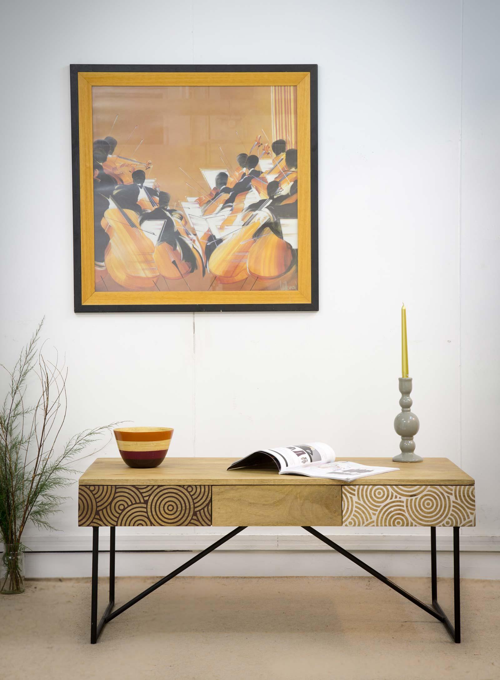 Table basse avec motifs graphiques - Deco table basse salon ...