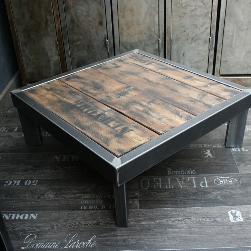 Table basse bois et metal fabriqu e en france for Table basse style loft