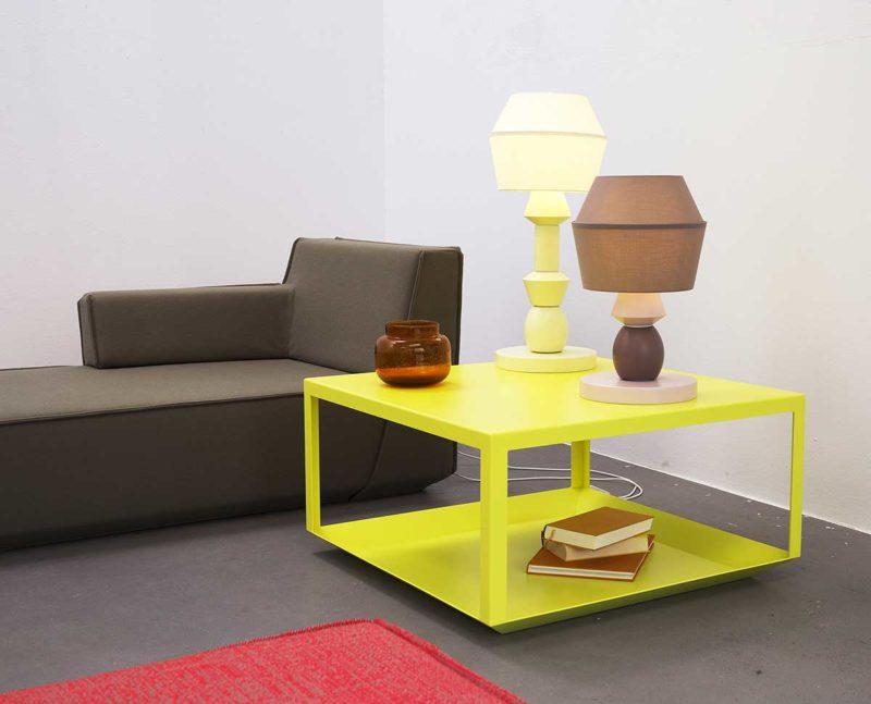 Table basse design minimaliste jaune