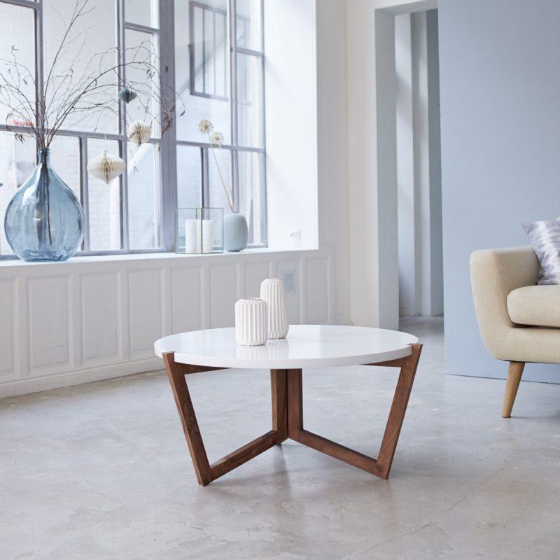 Table basse pliante au design vintage