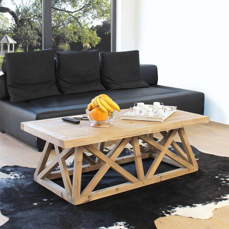 Table basse avec plateau et pieds en bois