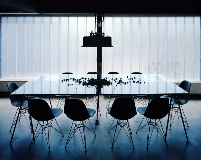 Salle à manger moderne dans un loft