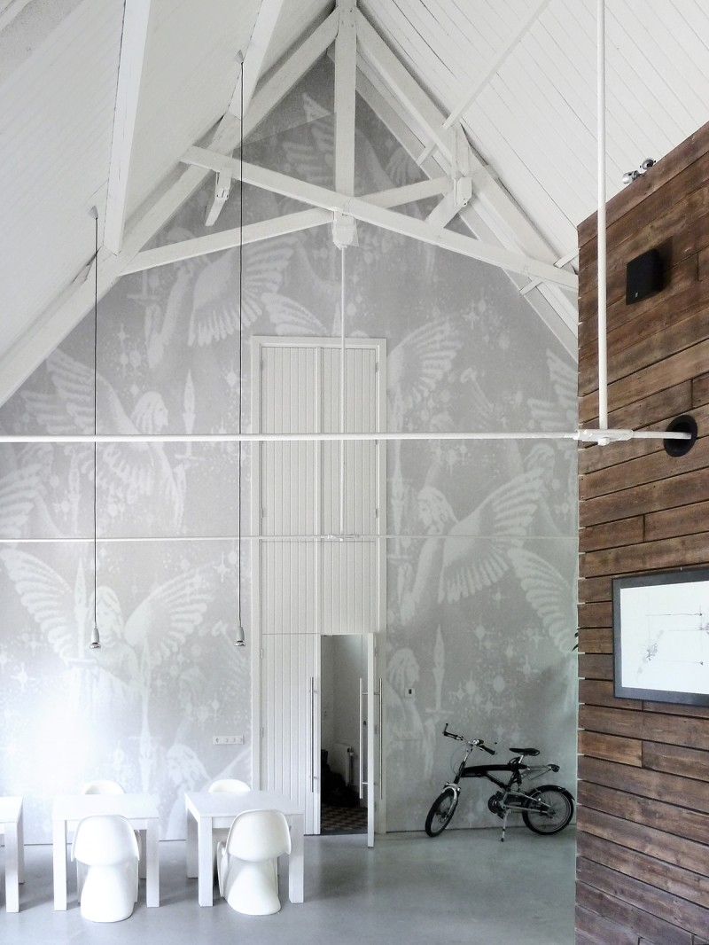 Suspension loft