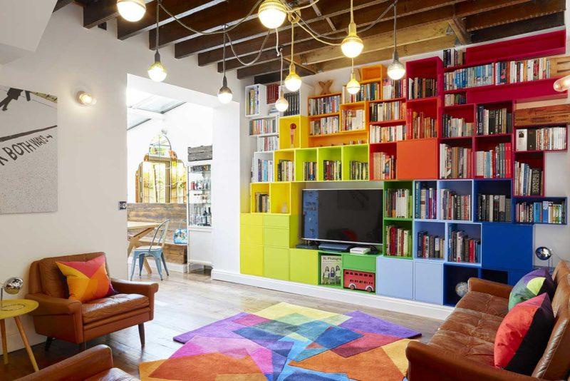 Bibliothèque modulable avec TV intégrée