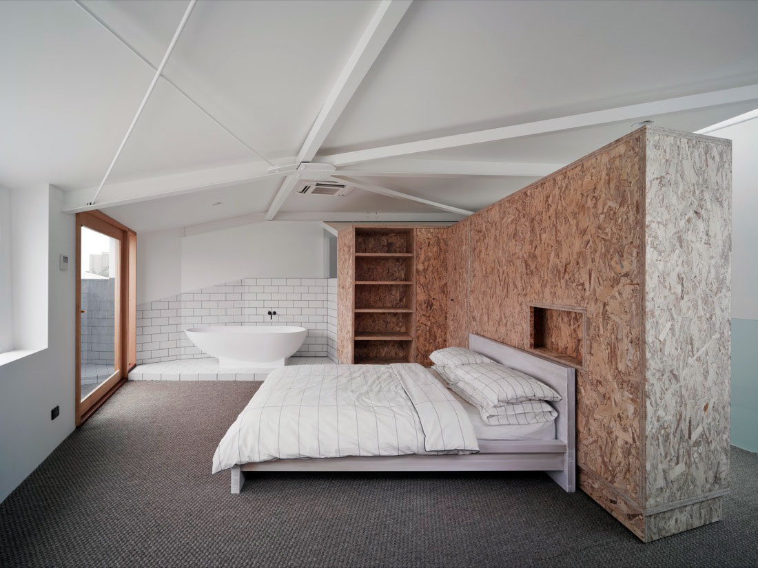mur de s paration en osb. Black Bedroom Furniture Sets. Home Design Ideas