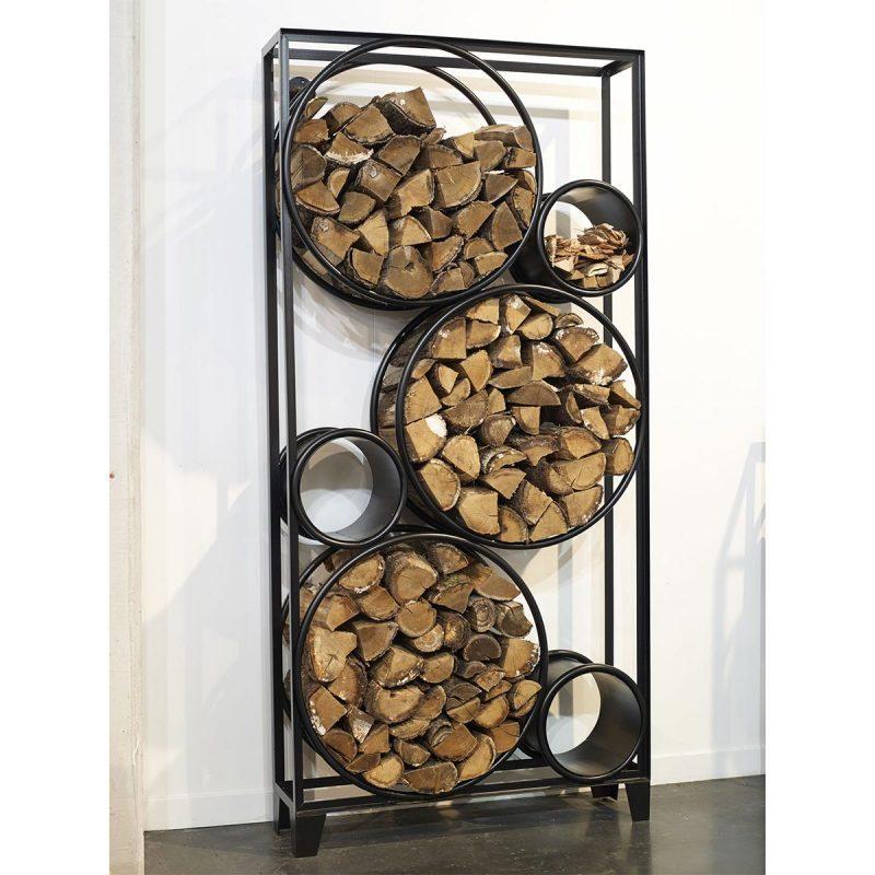 Range bûches intérieur : 27 idées déco pour stocker votre bois
