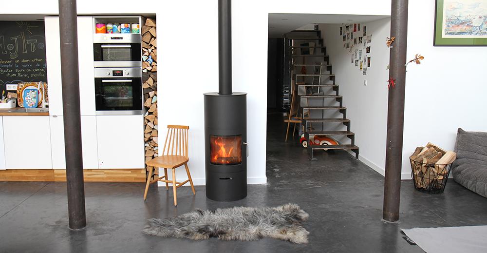 id es d co pour ranger vos b ches de bois. Black Bedroom Furniture Sets. Home Design Ideas
