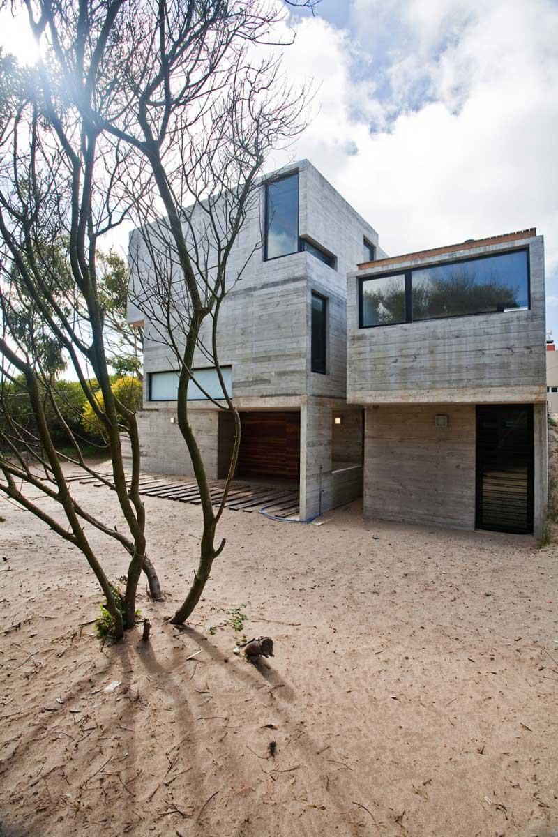 Maison-en-beton-en-argentine-06