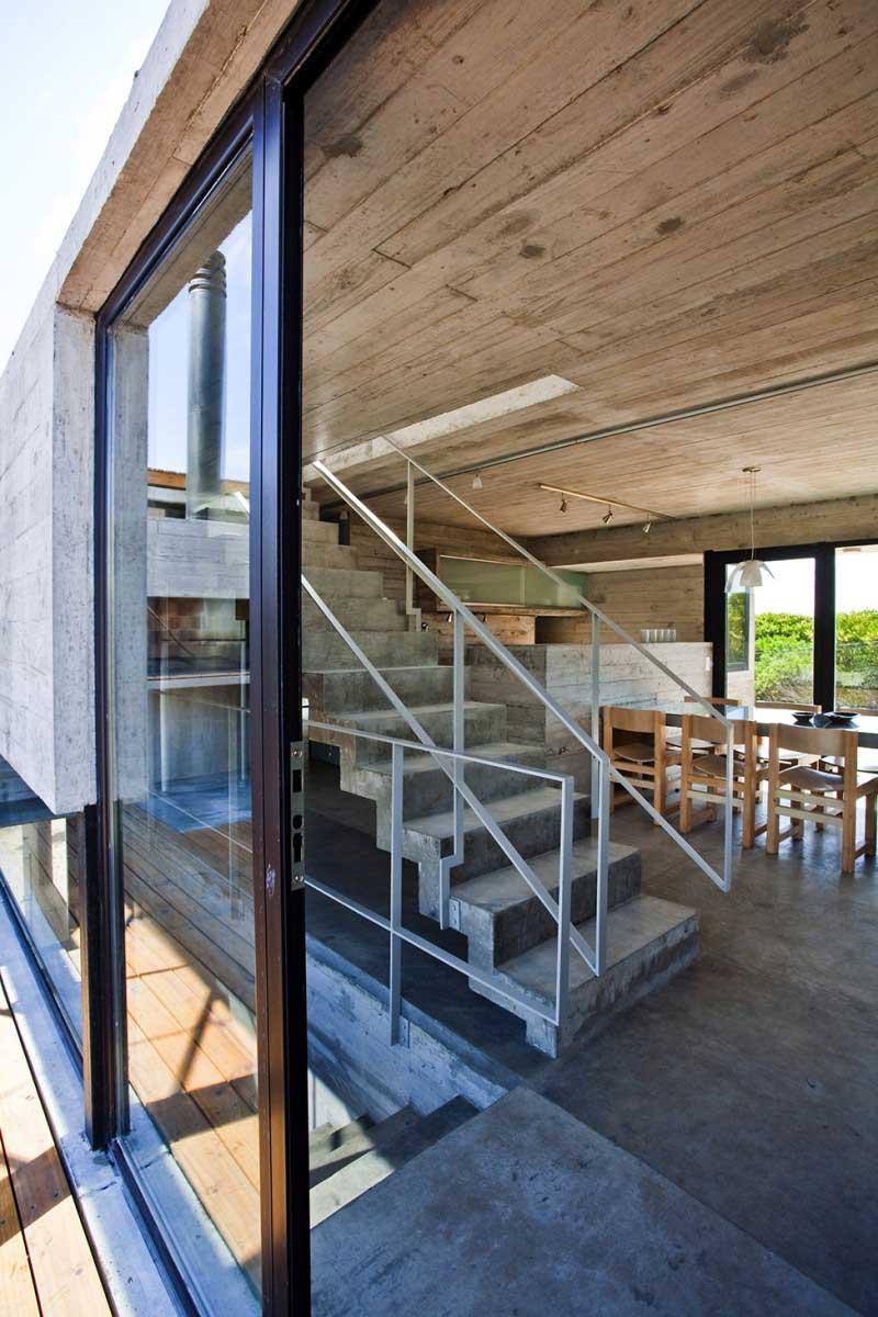 Maison-en-beton-en-argentine-18