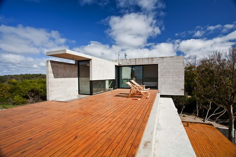 Maison-en-beton-en-argentine-23