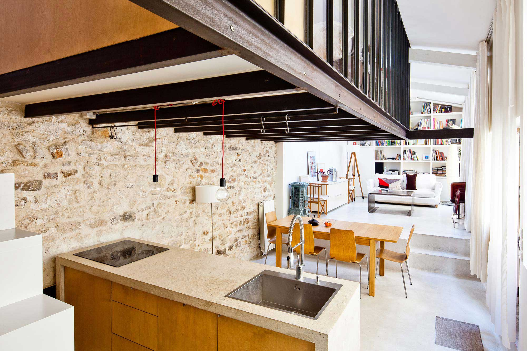 Atelier transform en loft paris for Loft a acheter paris