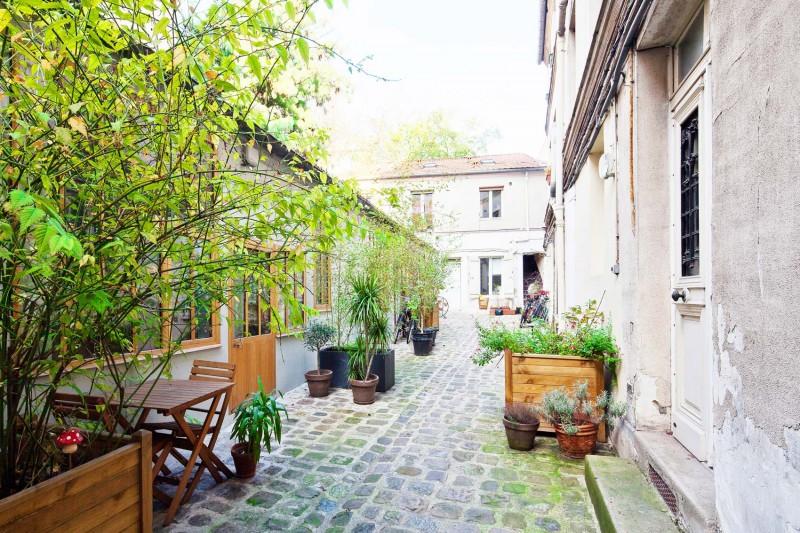 Loft avec une court intérieur à Paris