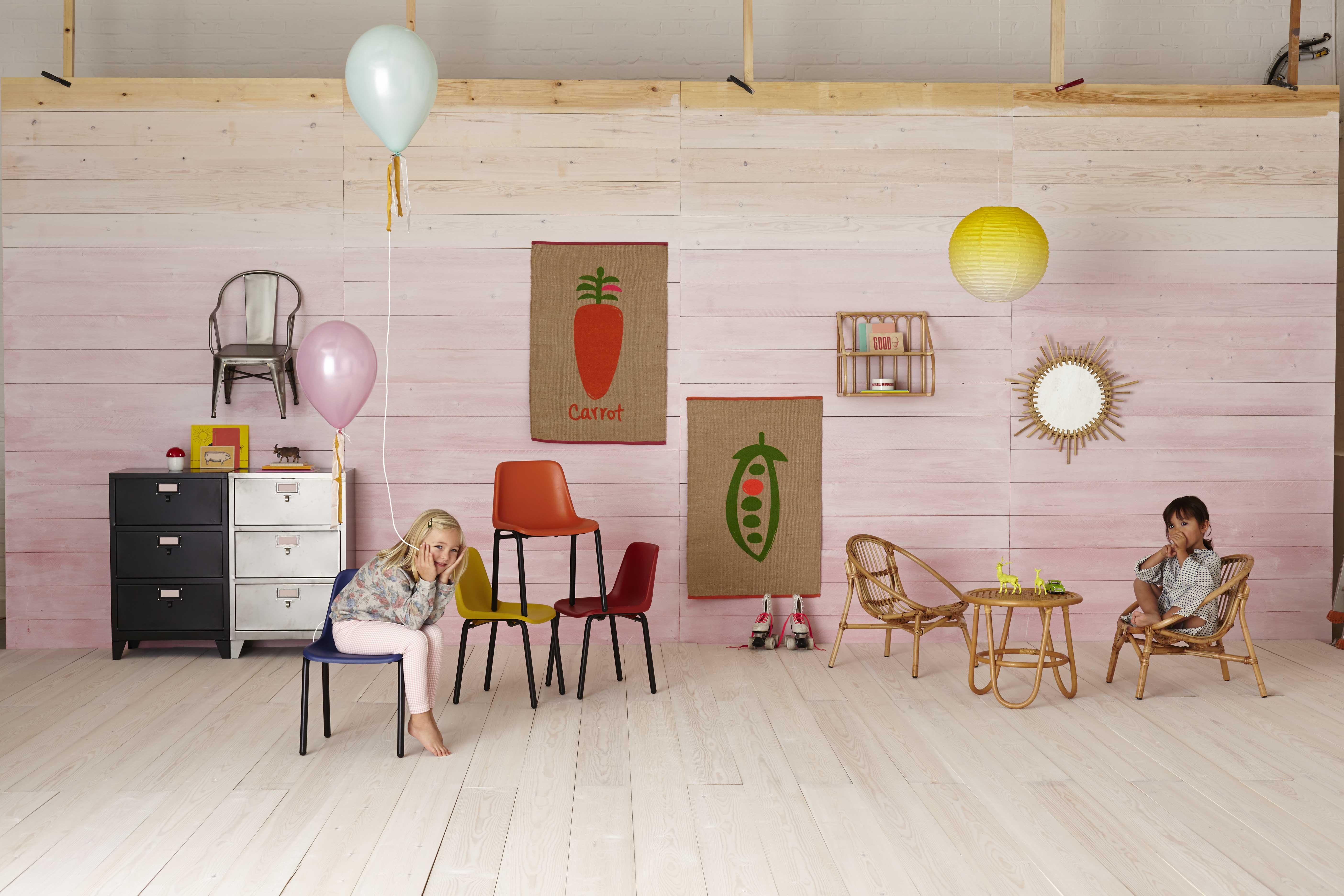 ampm bureau enfant cool bureau enfant vintage en bois with ampm bureau enfant free awesome. Black Bedroom Furniture Sets. Home Design Ideas