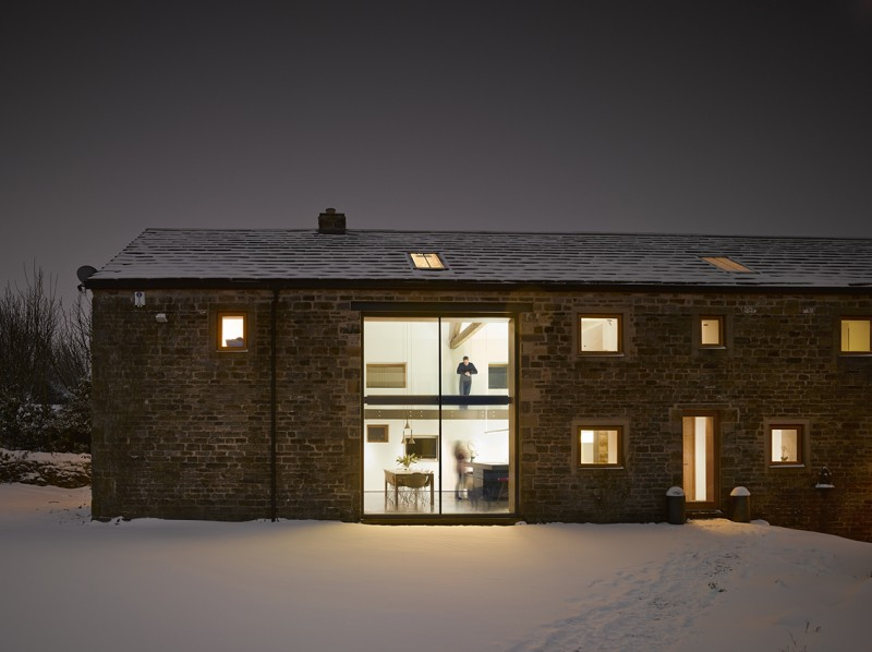 r novation d 39 une grange par snook architects. Black Bedroom Furniture Sets. Home Design Ideas