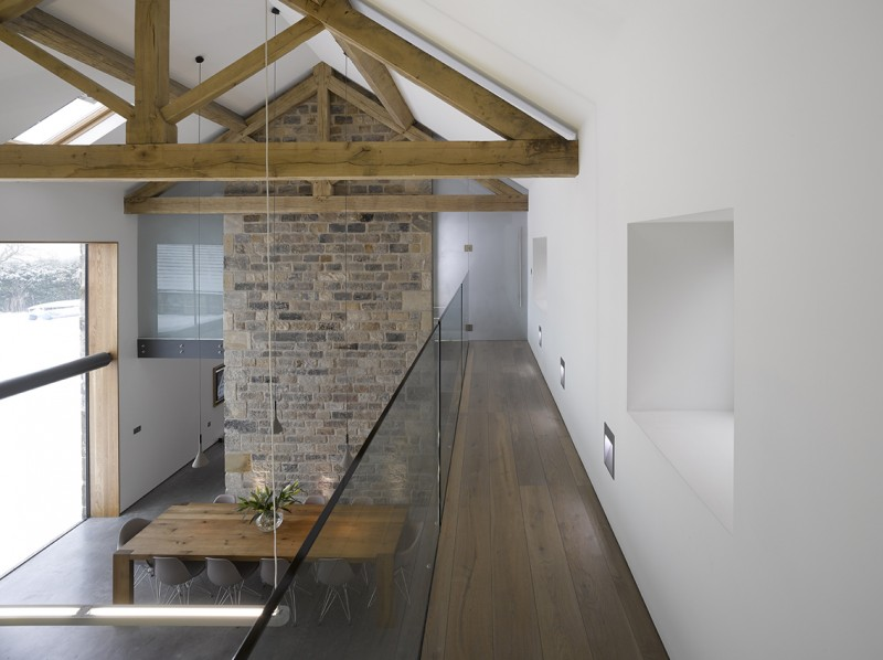 R novation d 39 une grange par snook architects - Renover une grange en loft ...