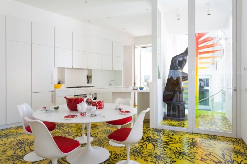 Table et chaises tulip