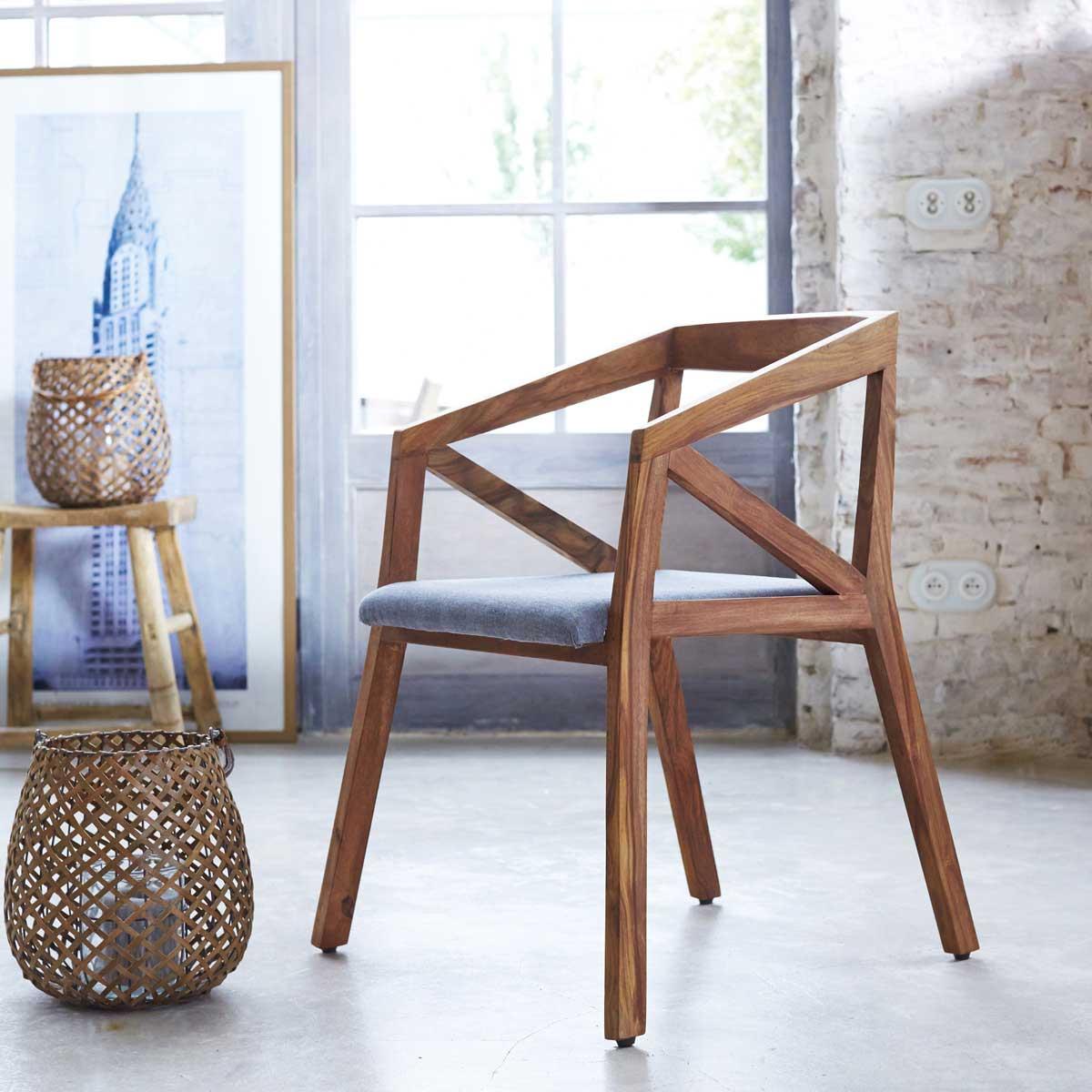 chaise d co scandinave moderne. Black Bedroom Furniture Sets. Home Design Ideas